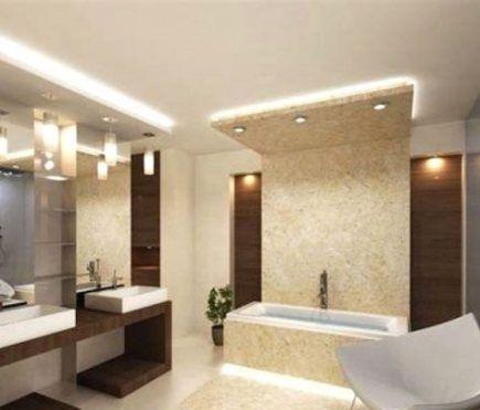 Потолок в ванной должен быть хорошо освещен