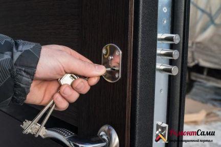 Проверка работы замков входной двери