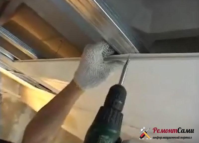 Крепление пластиковых панелей на саморезы