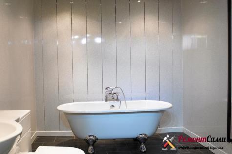 Ванная комната, отделанная ПВХ панелями