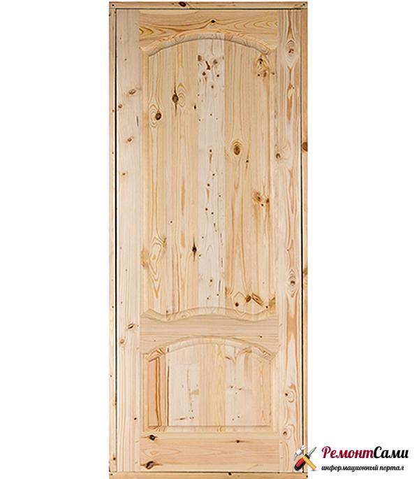 Двери из массива можно установить в частном доме или квартире