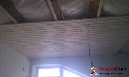 вагонка-потолок-деревянная